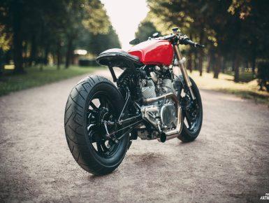 Yamaha xv 750 cafe racer motoizevro